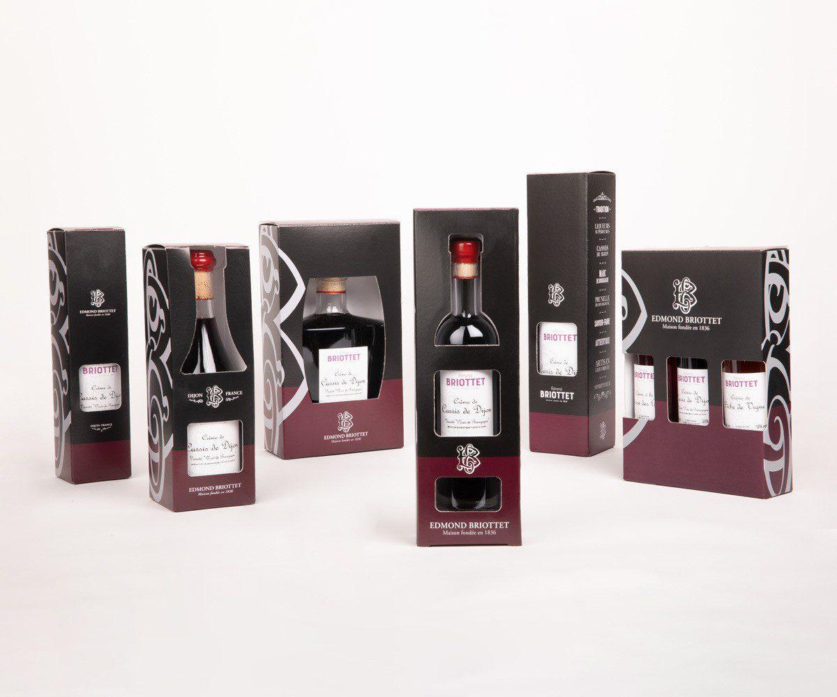bouteille et etuis Briottet