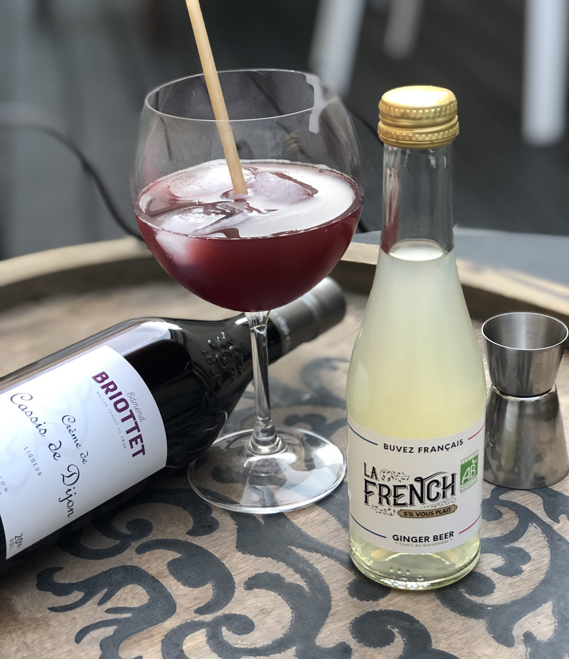 Cocktail French Cass Crème de Cassis Briottet et Ginger Beer La French s'il vous plait