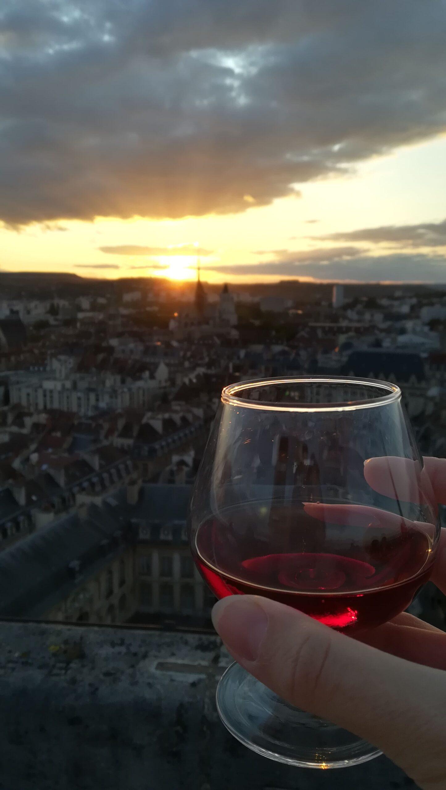Crème de Cassis de Dijon Briottet en haut de la Tour Philippe Le Bon